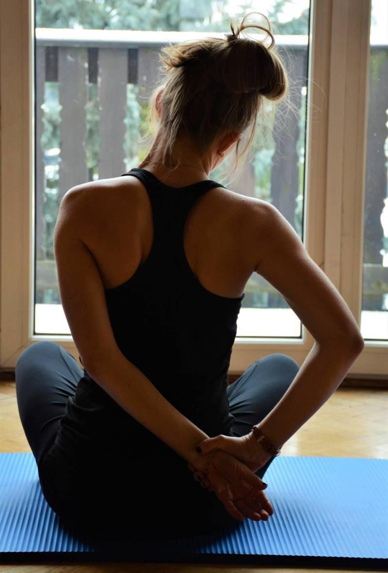 5 ćwiczeń naból szyi